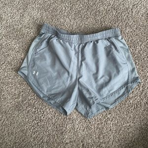 Athletic shorts gray